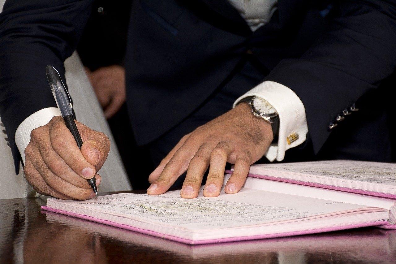 租屋快課力【房客篇1】簽合約時是否該提供身分證?