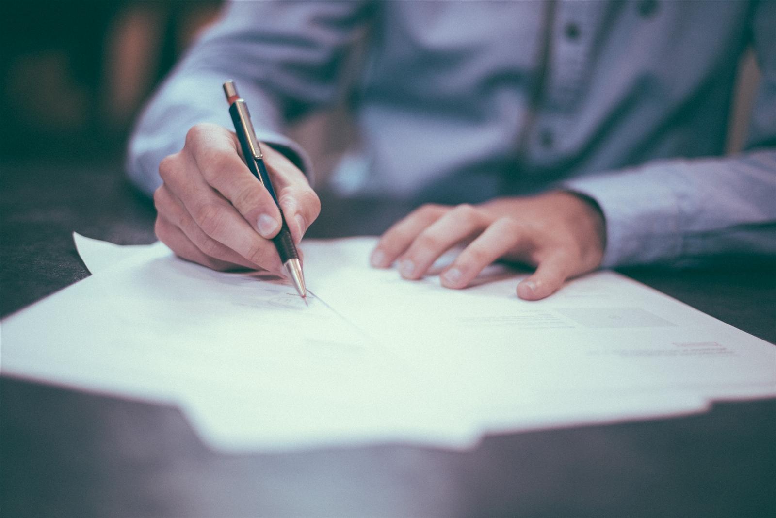 租屋快課力【房客篇7】簽約前如何確認房東身份